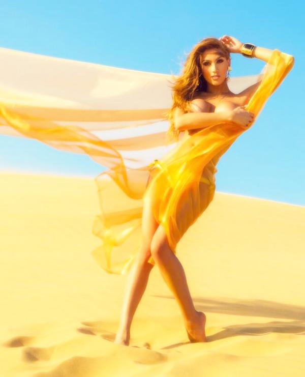 topless boat girl ibiza - Hire sexy waitress Ibiza Isabella1 - stag do Ibiza, hen do Ibiza